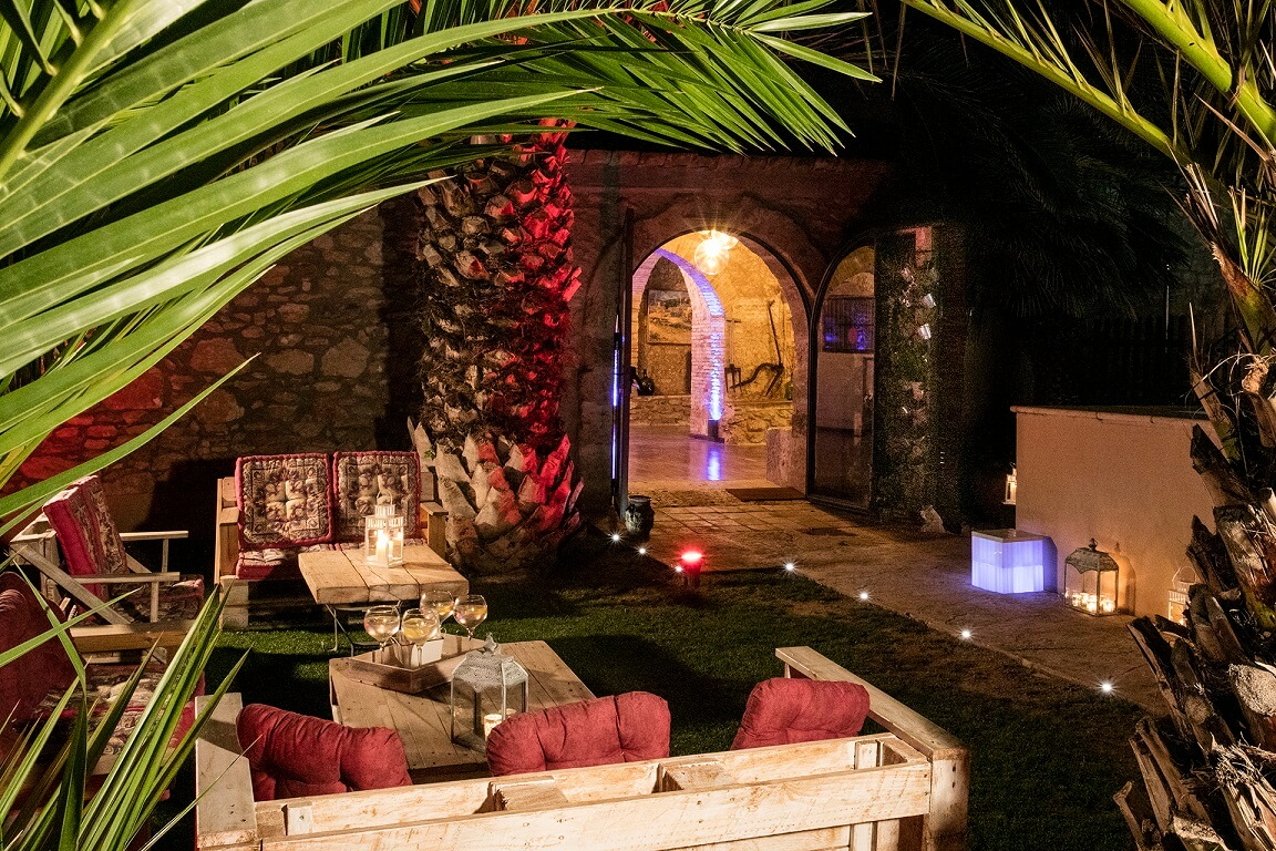 wedding-masia-notari-cellar-garden